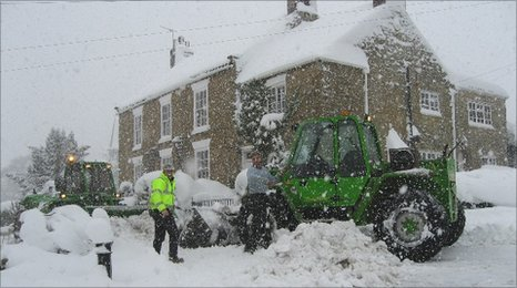 Snow in Tealby Front Street (pic courtesy Peter Stooke)