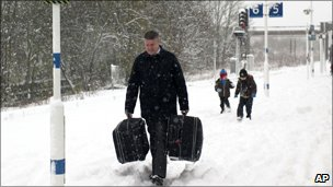 Gatwick Airport travellers