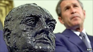 Bust of Winston Churchill and George W Bush