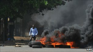 A protester in Abidjan. Photo: 4 December 2010