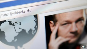The wikileaks.ch website with a photo of Julian Assange (4 December 2010)