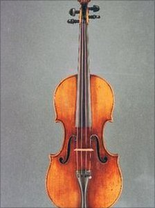 Strad Violin