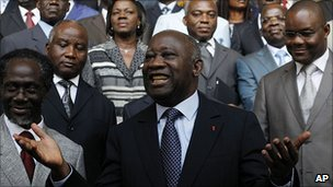 Laurent Gbagbo with his Cabinet in Abidjan. 7 Dec 2010