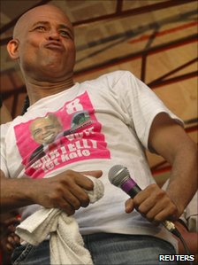Michel Martelly performing on the campaign trail
