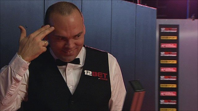 Stuart Bingham reacts after heading towards the wrong table
