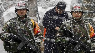 South Korean marines patrol on Yeonpyeong island (8 December 2010)