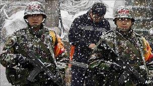 South Korean marines patrol on Yeonpyeong island (8 December 2010)