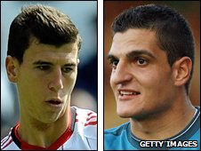 Ayala (left) and Mannone