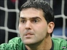 Crystal Palace goalkeeper Julian Speroni