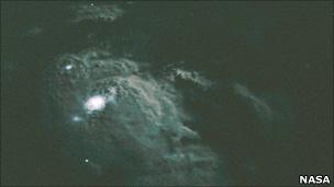 Lightning viewed from the shuttle (Nasa)
