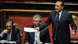 Mr Berlusconi proposed a deal with centrist legislators
