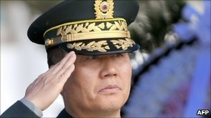 Gen Hwang Eui-don - file photo from 27 May 2010