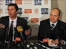 Gary Speed (left) and Jonathan Ford