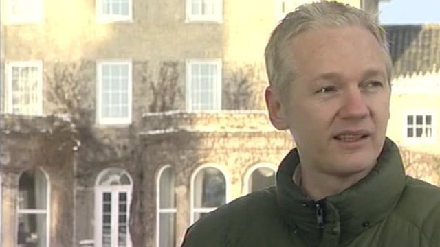 Julian Assange is staying at the Suffolk mansion of Vaughan Smith during his house arrest.
