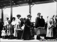 Immigrants on Ellis Island, 1905