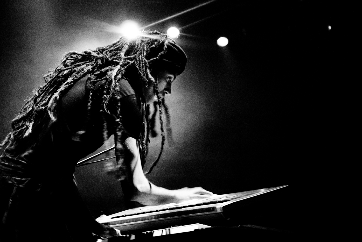 Israeli musician Idan Raichel at the keyboard. Photo by Nitzan Treystman