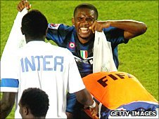 Inter's Samuel Eto'o celebrates his goal