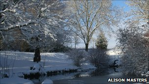 Snowy scene in Stourton Caundle, Sturminster Newton