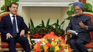 Russian President Dmitry Medvedev, left, and Indian Prime Minister Manmohan Singh in Delhi on 21 December 2010