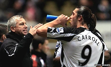 Newcastle manager Alan Pardew with striker Andy Carroll