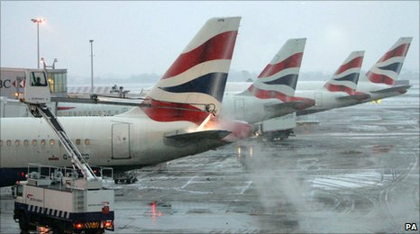 Aeroplanes at Heathrow being de-iced