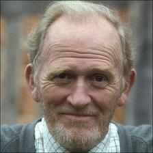 Gordon Jackson in 1989