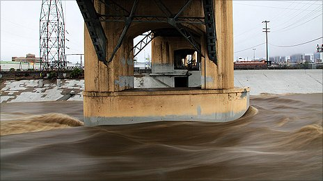 Sixth Street Bridge in downtown LA. Photo: Kevin Break