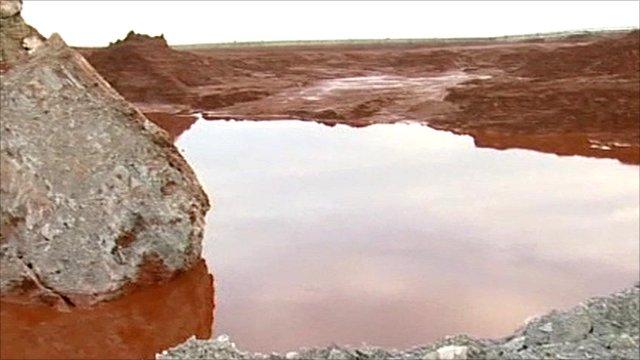 Hungary sludge reservoir