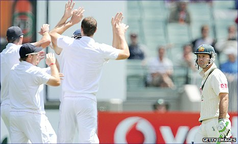 England celebrate as Australia captain Ricky Ponting is dismissed