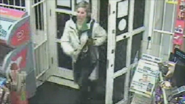 CCTV of Joanna Yeates at Bargain Booze