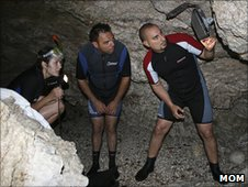 Mom team installing cameras in a coastal cave to film Mediterranean monk seals (Image: Mom)