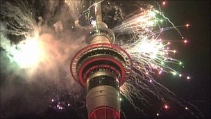 Fireworks display in Auckland, New Zealand (1 Janaury 2011)