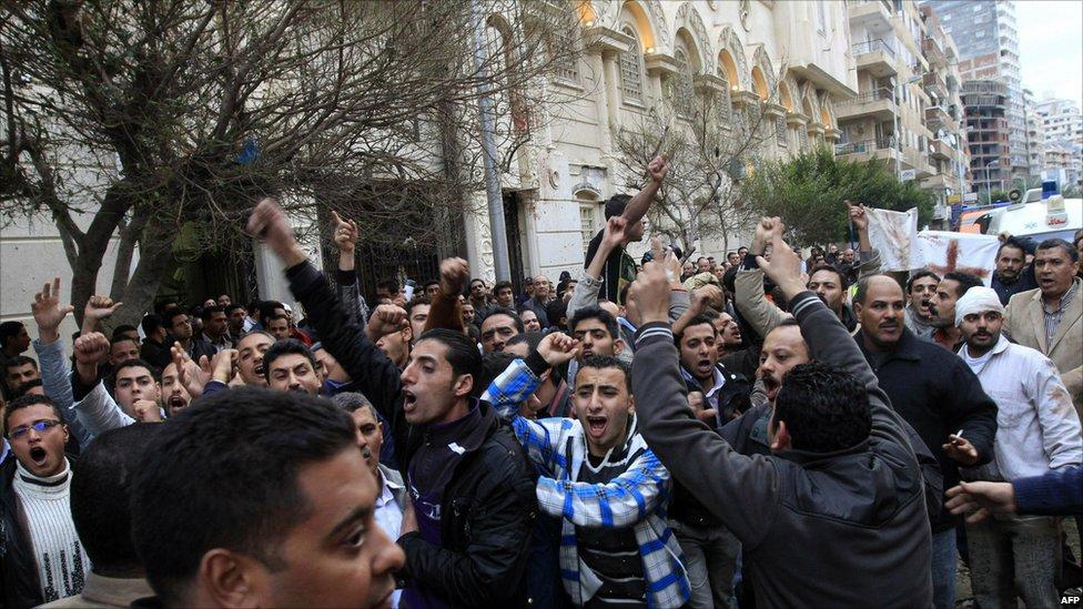 Christian demonstration after car bombing, 1 Jan 11
