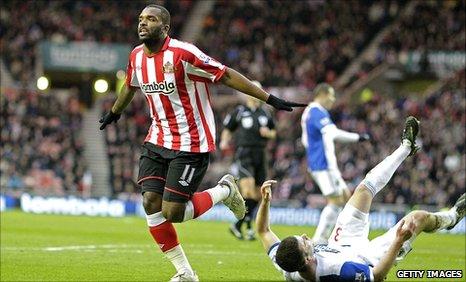 Darren Bent celebrates for Sunderland