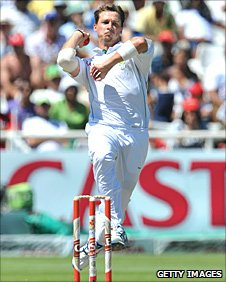 Dale Steyn in action