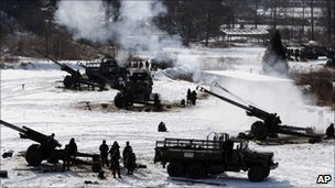 South Korean troops conduct military drills in Chulwon, near the DMZ (3 Jan 2011)