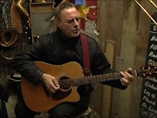 Steve Harley in the shed