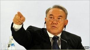 Kazakhstan President Nursultan Nazarbayev at a press conference in Astana 3 December 2010