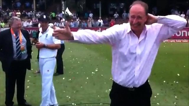Jonathan Agnew does the sprinkler dance