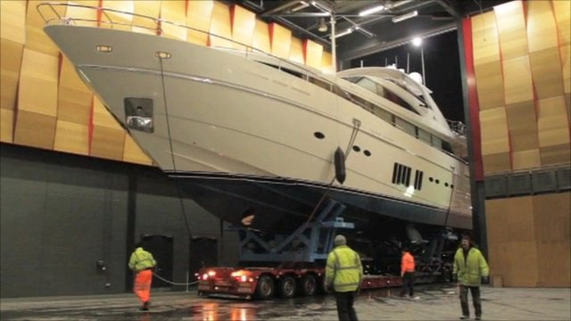 The Princess 32M creeps through doors of Excel centre