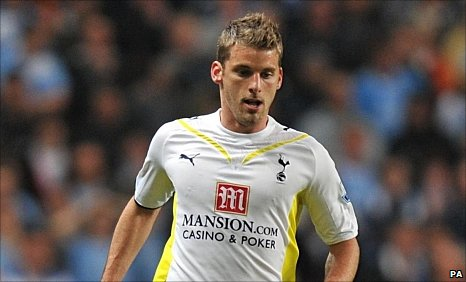 David Bentley in action for Tottenham