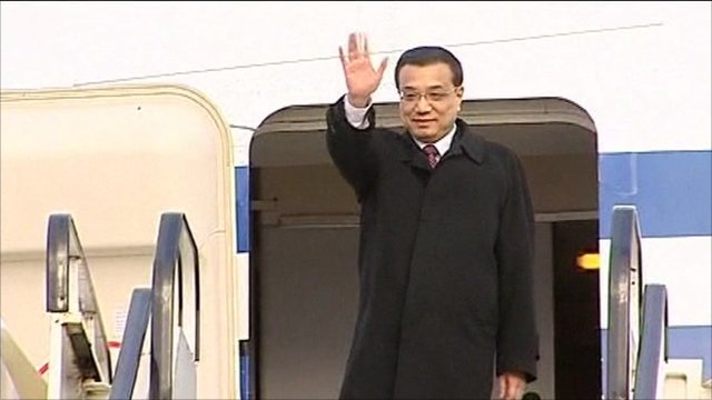 Li Keqiang arrives in Edinburgh