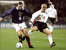 Don Hutchison and Paul Scholes