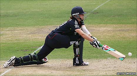 Lydia Greenway batting in Adelaide