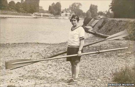 Amy Gentry by the river at Weybridge, 1930s. Picture courtesy of Elmbridge Museum, part of Elmbridge Borough Council's Leisure & Cultural Services Division.