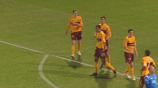 Nick Blackman in action for Motherwell