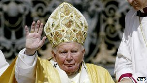 John Paul II on St Peter&#039;s Square, 18 May 2003 