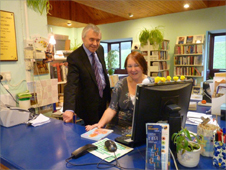 Deputy Welsh Assembly leader and Anglesey AM Ieuan Wyn Jones with some of Rhosneigr's library staff