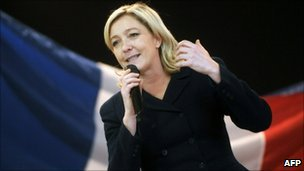 Marine Le Pen speaks at a FN meeting (Dec 2010)