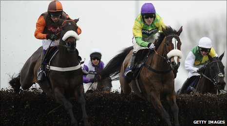 Long Run, left, kept Kauto Star at bay to win the King George VI Chase at Kempton